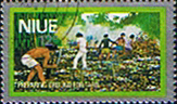 Niue 1978 Food Gathering Silver Boarder SG 249 Fine Used