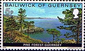 Postage Stamps Guernsey 1976 Bailiwick Views Set Fine Mint