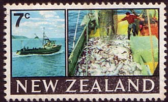 New Zealand 1967 SG 870 Trawler and Catch Fine Mint